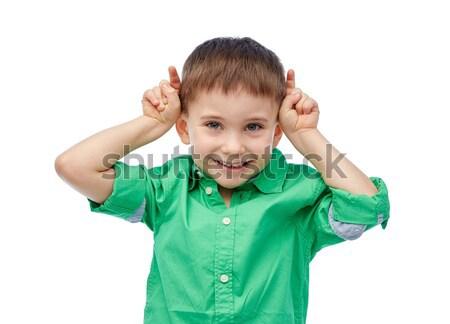 Feliz pequeno menino Foto stock © dolgachov