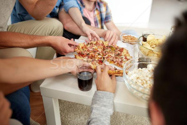 Zdjęcia stock: Ludzi · pizza · plastry · domu