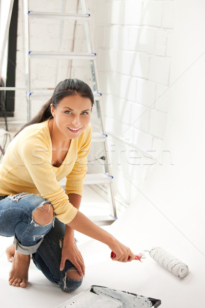 Dona de casa pintura brilhante quadro casa mulher Foto stock © dolgachov