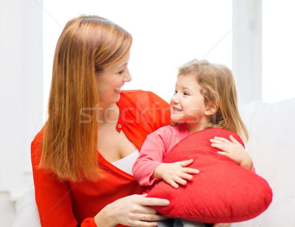 Gelukkig moeder kind groot Rood hart Stockfoto © dolgachov