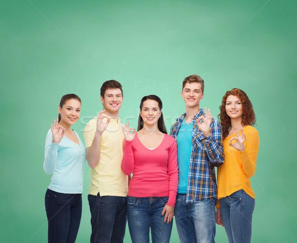 グループ 笑みを浮かべて 青少年 緑 ボード 友情 ストックフォト © dolgachov