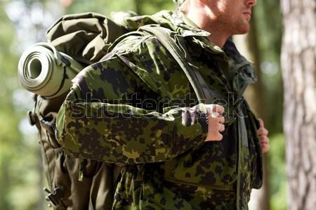 żołnierz hunter strzelanie pistolet lasu polowanie Zdjęcia stock © dolgachov