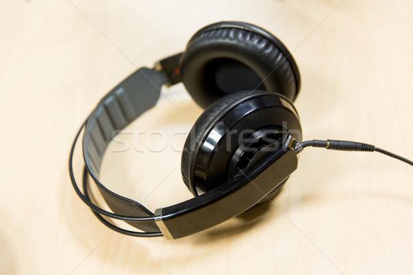 Kulaklık radyo istasyon teknoloji elektronik Stok fotoğraf © dolgachov
