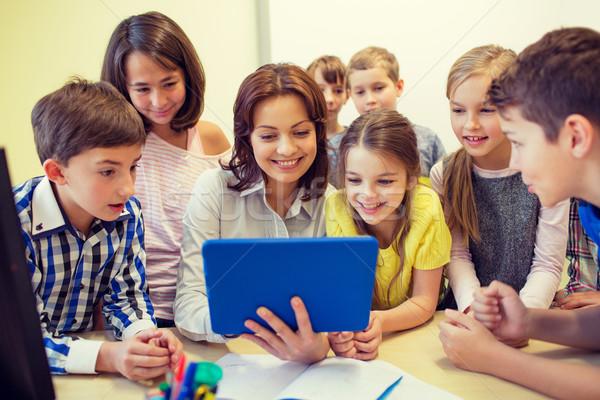 Stockfoto: Groep · kinderen · leraar · school · onderwijs
