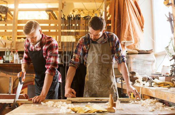Werken zag hout workshop beroep timmerwerk Stockfoto © dolgachov