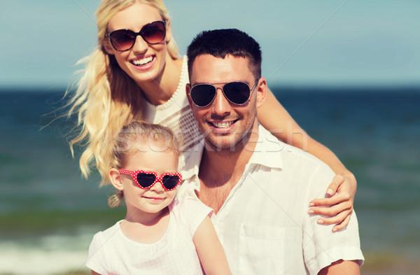 幸せな家族 サングラス 夏 ビーチ 家族 休暇 ストックフォト © dolgachov
