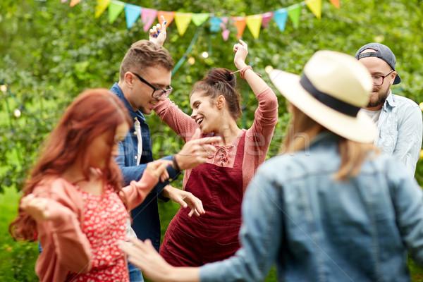 Foto stock: Feliz · amigos · dança · verão · festa · jardim