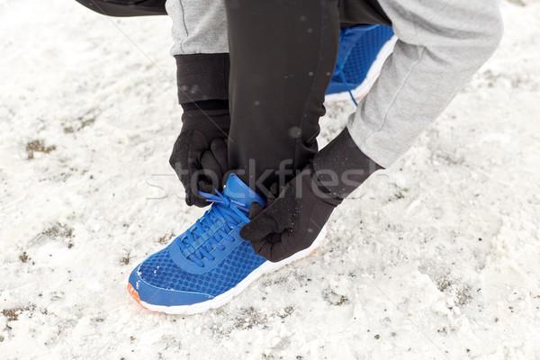 человека обуви кружево зима улице Сток-фото © dolgachov