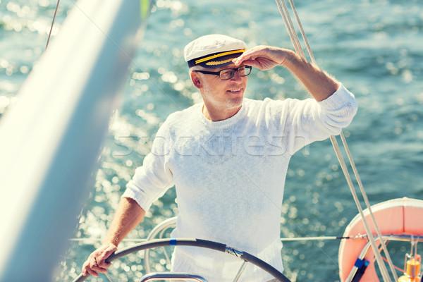 ストックフォト: シニア · 男 · ボート · ヨット · セーリング · 海