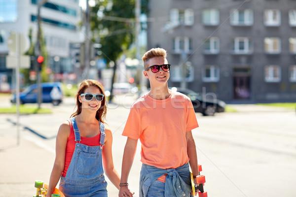 Adolescente casal rua verão férias Foto stock © dolgachov