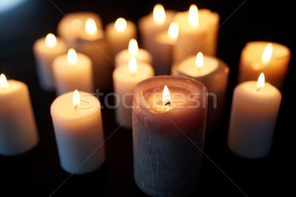 Bougies brûlant ombre noir deuil lumière Photo stock © dolgachov