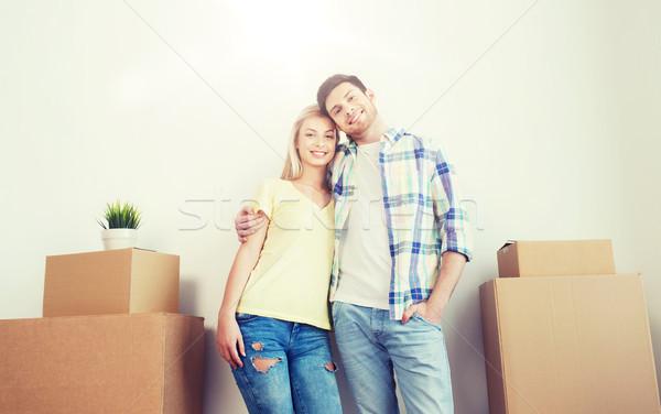 Stockfoto: Glimlachend · paar · groot · dozen · bewegende · nieuw · huis