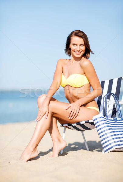 Dziewczyna leżak lata wakacje wakacje Zdjęcia stock © dolgachov
