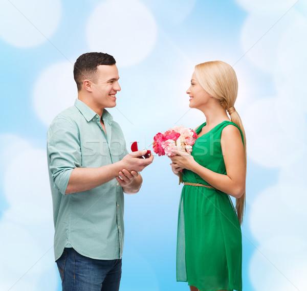 улыбаясь пару букет кольца счастье праздников Сток-фото © dolgachov