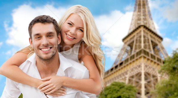 Mutlu çift Eyfel Kulesi yaz tatil Stok fotoğraf © dolgachov