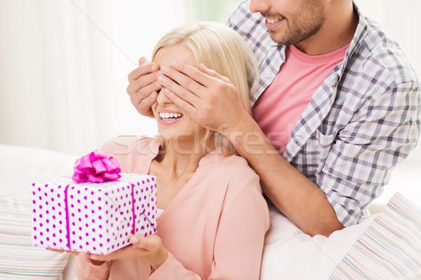 Должен ли мужчина дарить подарки 72