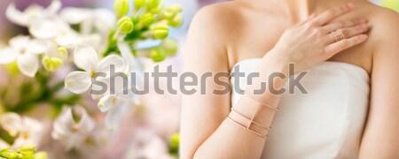 Foto stock: Bela · mulher · dedo · anel · glamour · beleza