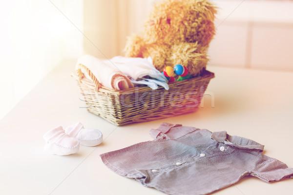 Stockfoto: Baby · kleding · speelgoed · pasgeboren · moederschap