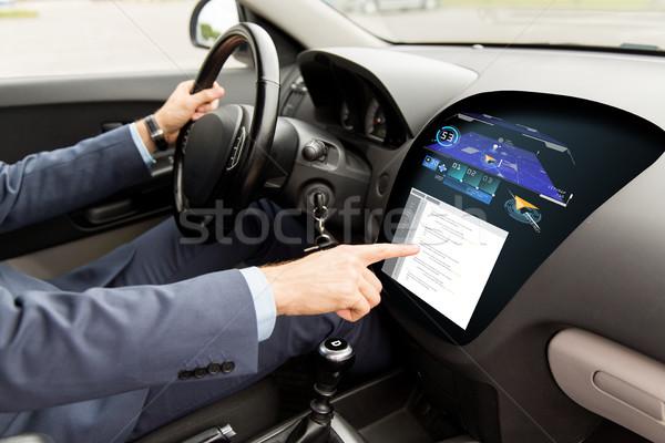 Közelkép férfi vezetés autó navigáció szállítás Stock fotó © dolgachov