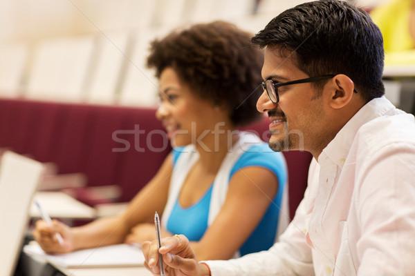 Grupy studentów notebooki wykład sali edukacji Zdjęcia stock © dolgachov