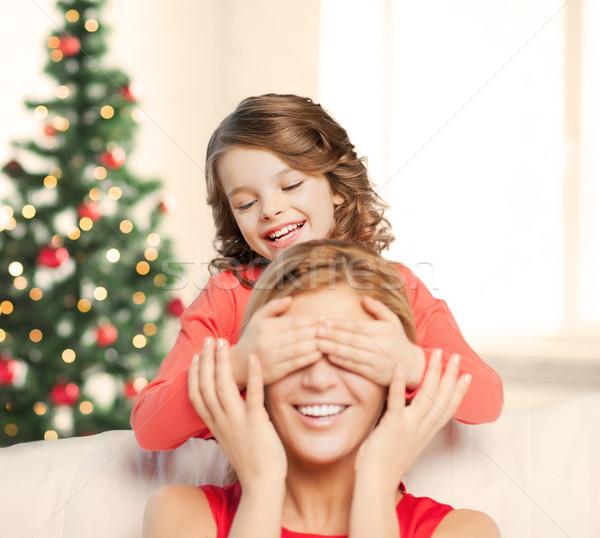 Anya lánygyermek készít vicc karácsony karácsony Stock fotó © dolgachov
