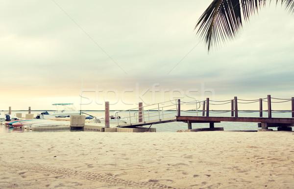 Boten pier strand zomer reizen recreatie Stockfoto © dolgachov