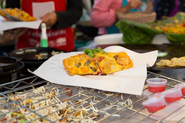 Közelkép falatozó utca piac főzés ázsiai Stock fotó © dolgachov