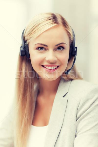 Dostça kadın yardım hattı operatör resim kulaklık Stok fotoğraf © dolgachov