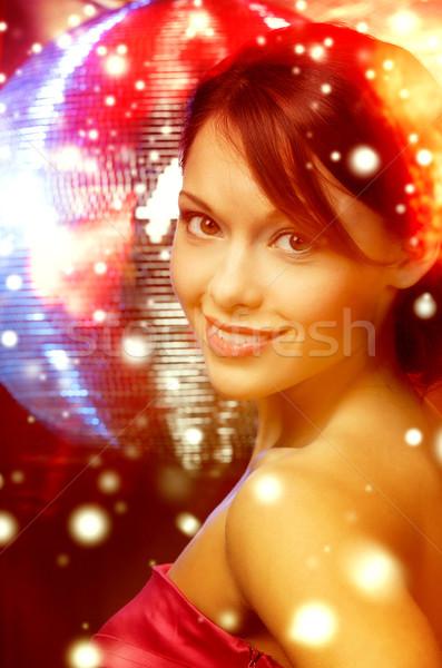 Mulher vestido de noite diamante brincos luxo Foto stock © dolgachov