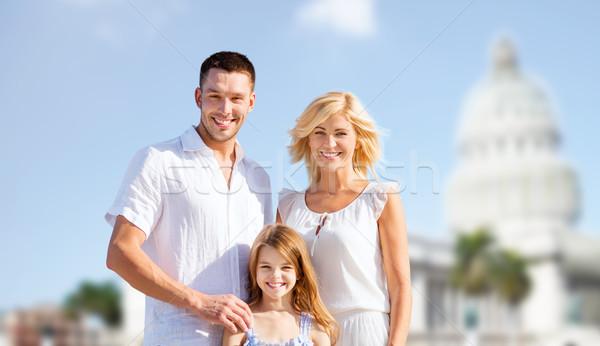 Famiglia felice americano casa bianca estate vacanze viaggio Foto d'archivio © dolgachov