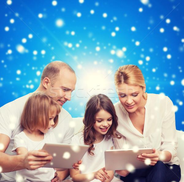 Boldog család táblagép számítógépek család ünnepek karácsony Stock fotó © dolgachov