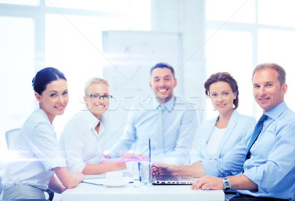 üzleti csapat megbeszélés iroda üzlet dolgozik kommunikáció Stock fotó © dolgachov