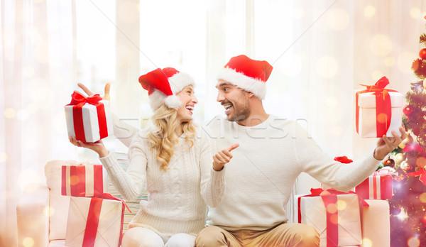 Mutlu çift Noel hediyeler tatil Stok fotoğraf © dolgachov