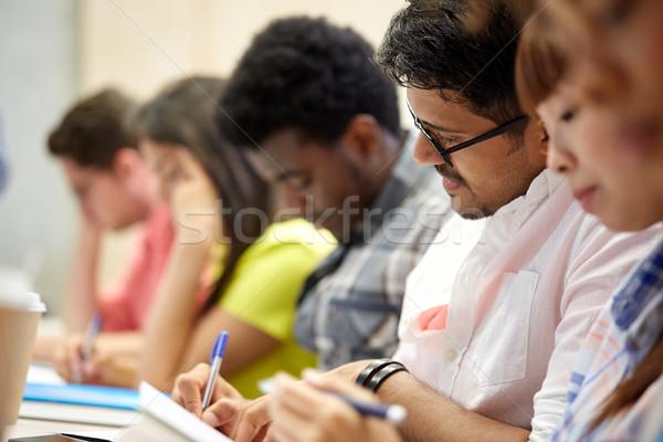 グループ 国際 学生 書く 講義 教育 ストックフォト © dolgachov
