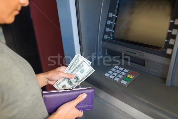 El para ATM makine finanse Stok fotoğraf © dolgachov