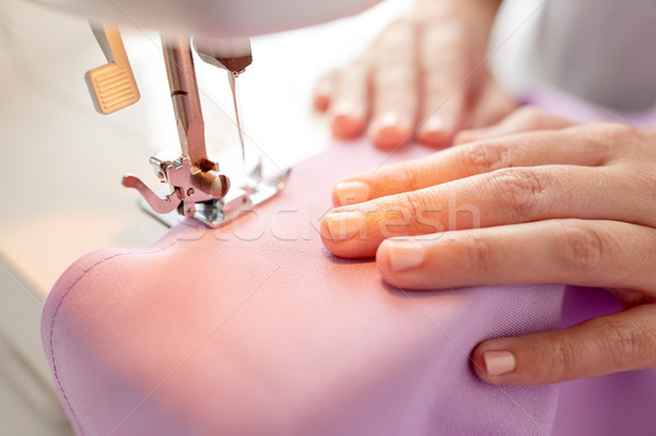 Varrógép láb szövet kézimunka méretre szab divat Stock fotó © dolgachov