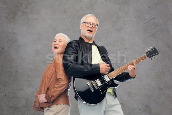 Boldog idős pár elektromos gitár énekel zene kor Stock fotó © dolgachov
