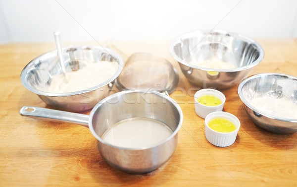 Kręgle mąka jaj piekarni kuchnia gotowania Zdjęcia stock © dolgachov