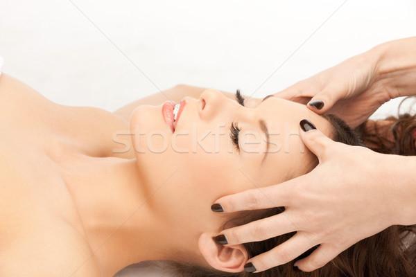 Mooie vrouw massage salon foto vrouw handen Stockfoto © dolgachov