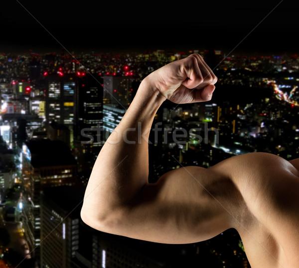 ストックフォト: 若い男 · 上腕二頭筋 · スポーツ · ボディービル