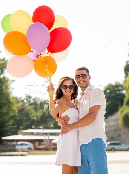Sorridente casal cidade amor casamento verão Foto stock © dolgachov