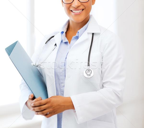Africano feminino médico hospital saúde médico Foto stock © dolgachov