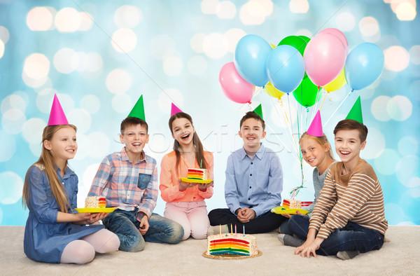 Feliz crianças festa bolo de aniversário infância Foto stock © dolgachov