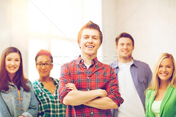 Groep studenten school onderwijs gelukkig student Stockfoto © dolgachov