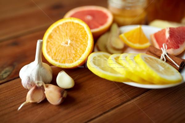 Sarımsak limon turuncu diğer çare sağlık Stok fotoğraf © dolgachov