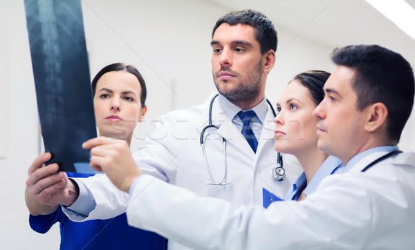 Csoport gerincoszlop röntgen scan kórház klinika Stock fotó © dolgachov