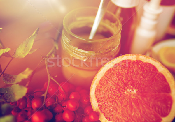 traditional medicine and drugs Stock photo © dolgachov