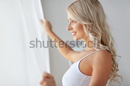 Vrouw ondergoed drinken koffie home venster Stockfoto © dolgachov