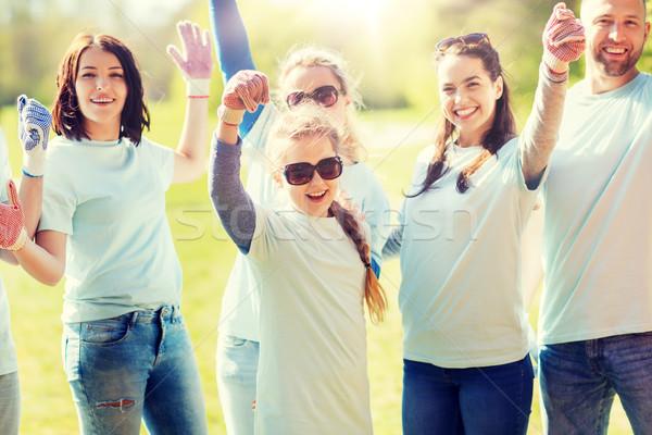 Grup başarı park gönüllü Stok fotoğraf © dolgachov