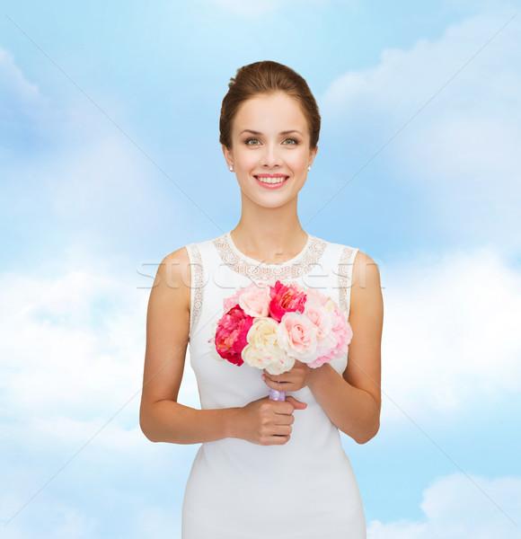 笑顔の女性 白いドレス 花束 バラ 人 結婚式 ストックフォト © dolgachov